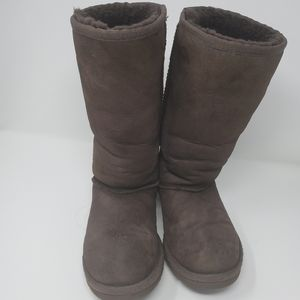 UGG Classic tall boots in Chocolate Brown